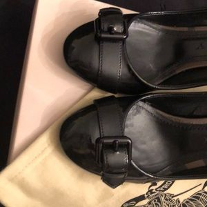 Burberry Smoked Check 75mm Buckle Pump